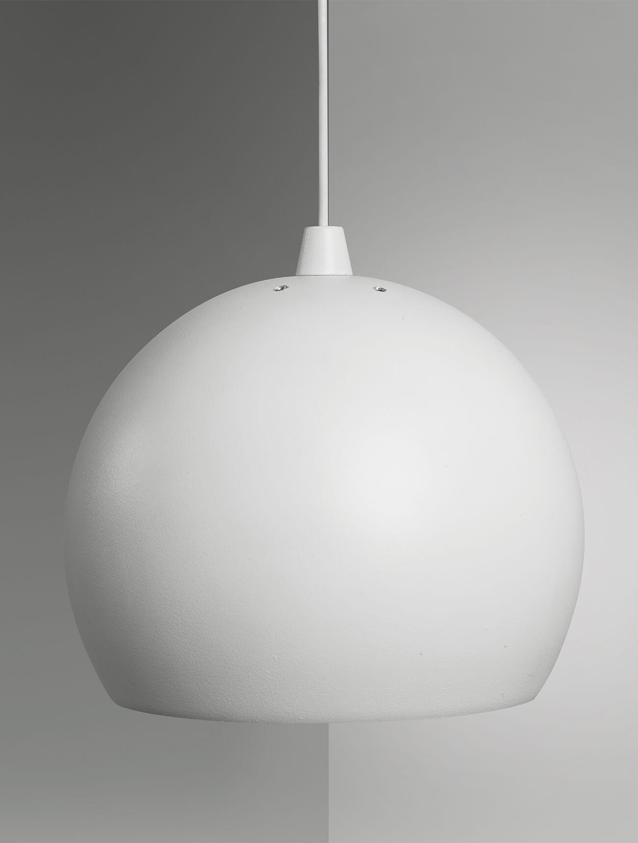 ball-01-still