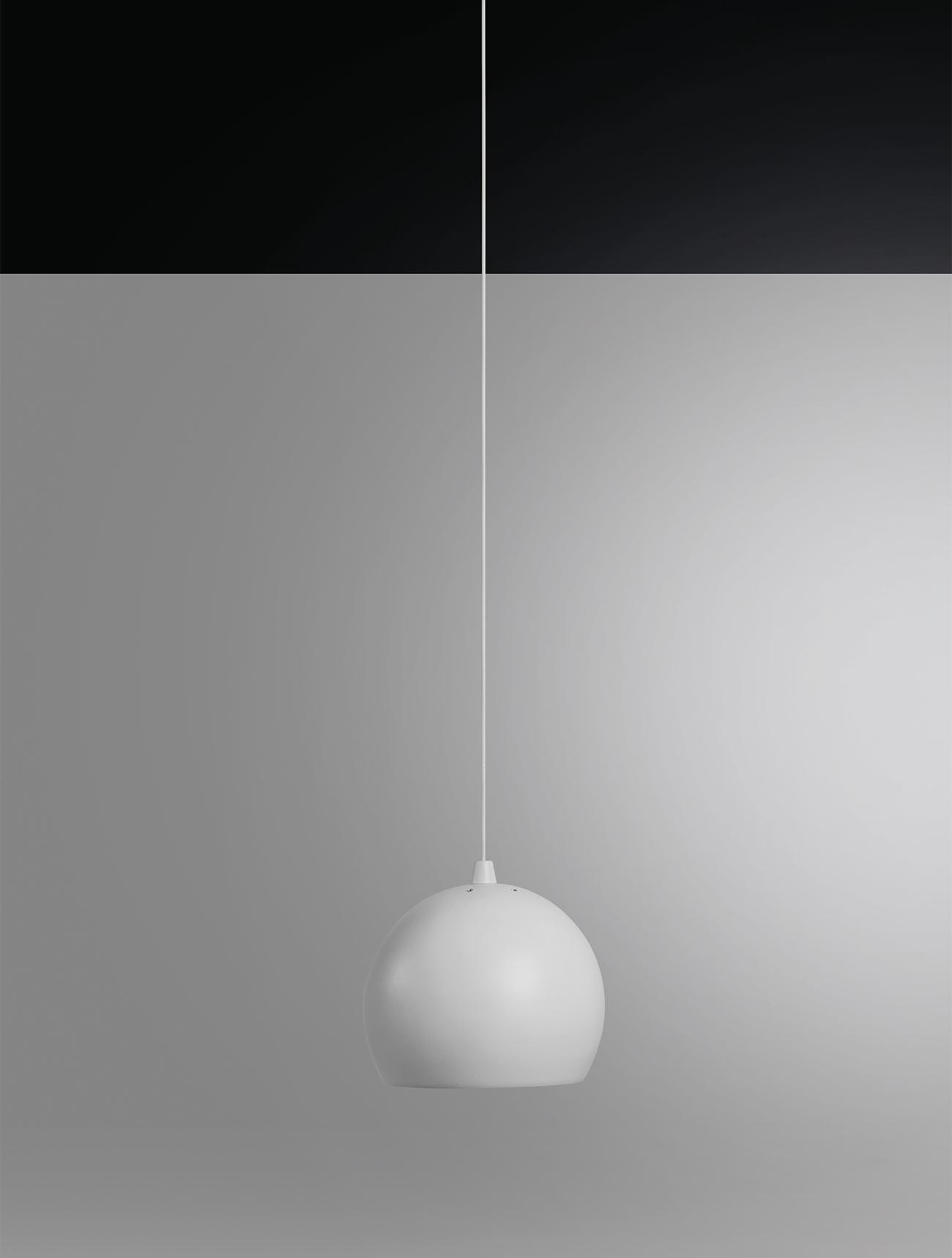 ball-02-still